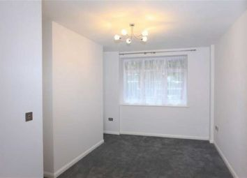 Thumbnail 1 bed flat to rent in Wellesley Court, Maida Vale, London