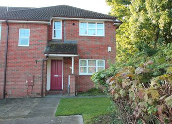 Thumbnail 1 bed flat to rent in Chapel Meadow, Tring