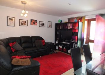 Thumbnail 4 bed flat to rent in Island Road, London
