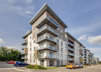 Thumbnail 2 bed flat for sale in Dove House, 3 Wallingford Way, Maidenhead, Berkshire