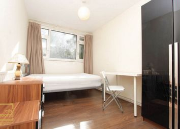 Thumbnail Room to rent in Glengarnock Avenue, Island Gardens
