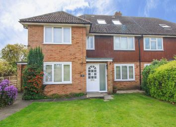 Thumbnail Flat for sale in Victoria Road, Marlow