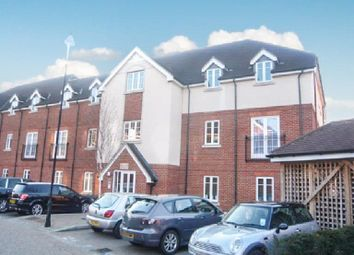 Thumbnail 2 bedroom flat to rent in Peppermint Road, Hitchin