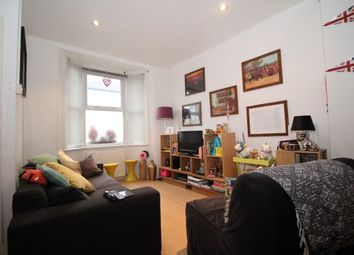 Thumbnail 2 bed flat to rent in White Road, London