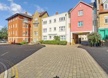 Roche Close, Rochford SS4. 2 bed flat