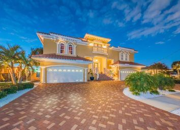 Thumbnail 4 bed property for sale in 3920 Versailles Drive, Tampa, Florida, United States Of America