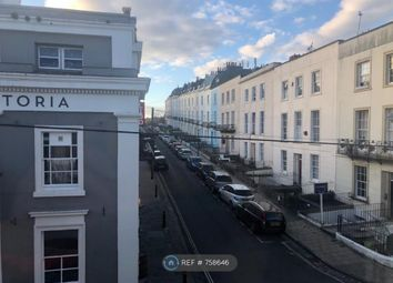Thumbnail 1 bed flat to rent in Oakfield Place, Bristol