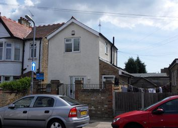 Thumbnail 1 bed property to rent in Fleetwood Avenue, Westcliff-On-Sea