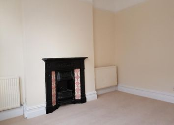 Thumbnail 1 bed flat to rent in Balham Hill, Balham