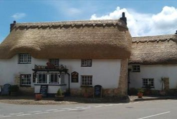 Thumbnail Pub/bar for sale in Red Lion, The Square, Mawnan Smith, Falmouth