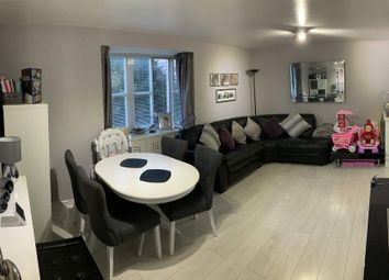 Thumbnail 2 bed flat for sale in Shelly Lodge, Enfield, London