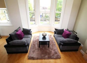2 bed flat to rent in East Parade, Harrogate, North Yorkshire HG1