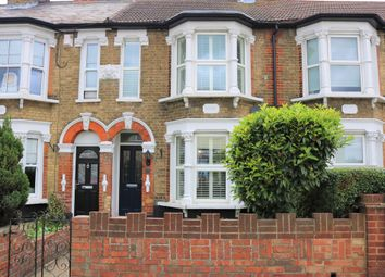 Thumbnail 2 bedroom cottage to rent in Rye Road, Hoddesdon