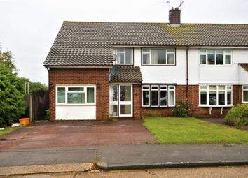Thumbnail 4 bed property to rent in Falcon Way, Basildon