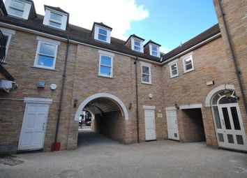 Thumbnail 1 bed flat to rent in Moulsham Street, Chelmsford, Chelmsford