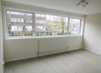 Thumbnail 3 bed flat to rent in The Wye, Hemel Hempstead