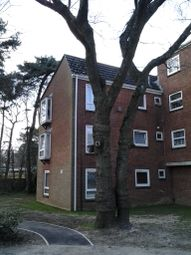 Thumbnail 2 bed flat to rent in Hasler Road, Poole