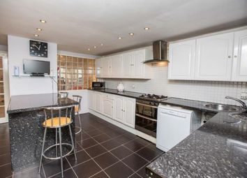 3 bed maisonette for sale in Bow, London, Uk E3
