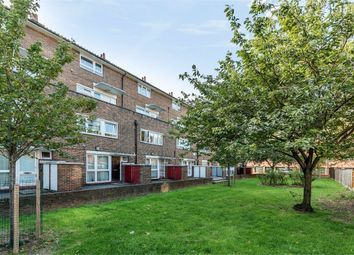 Thumbnail 3 bed flat for sale in Congreve Street, London