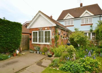 Thumbnail 4 bedroom detached house for sale in Bullens Green Lane, Colney Heath, St. Albans