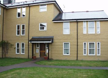 Thumbnail 2 bed flat to rent in Sandringham Place, Chelmsford