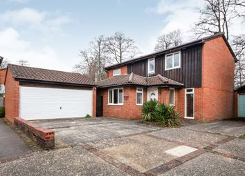 Thumbnail 4 bed detached house to rent in Greenham Wood, Bracknell