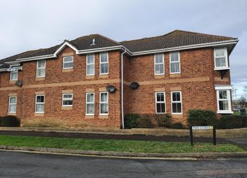 2 bed flat to rent in Crane Close, Gosport PO13