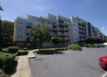 Thumbnail 2 bed flat for sale in Gisors Road, Southsea