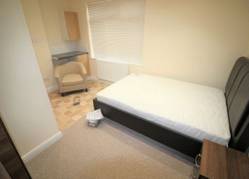 Thumbnail 1 bedroom flat to rent in Studio Flat To Rent, All Bills Included, Fully Furnished