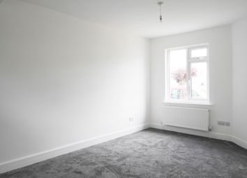 Thumbnail 1 bed flat to rent in London Road, Leigh-On-Sea