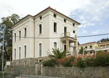 Thumbnail 11 bed town house for sale in Corso Degli Inglesi, 18038 Sanremo Im, Italy
