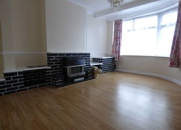3 bed property to rent in New Bedford Road, Luton LU3