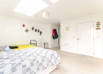 3 bed flat for sale in Rope Court, Limehouse, London E14
