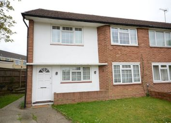 Thumbnail 2 bed maisonette to rent in Flaxman Close, Earley, Reading