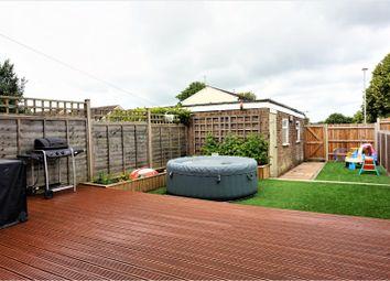 Thumbnail 3 bed terraced house for sale in Essex Mead, Hemel Hempstead