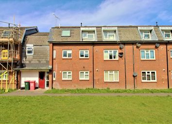 Thumbnail 2 bed flat to rent in Salvington Road, Crawley, West Sussex.