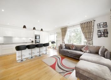 Thumbnail 3 bed flat to rent in Green Dale, Denmark Hill