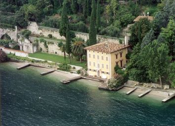 Thumbnail 6 bed town house for sale in Lake Garda, Gargnano, Brescia, Lombardy, Italy