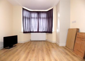 Thumbnail Studio to rent in Flat 1, Townsend Lane, Kingsbury, London
