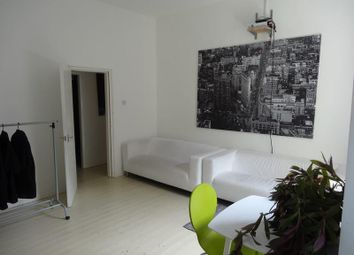2 bed flat to rent in Hawley Street, Sheffield S1