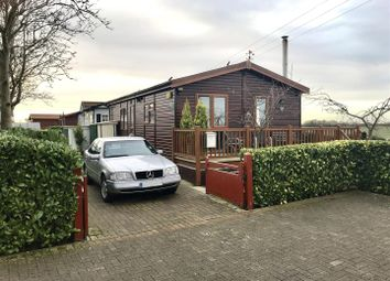 Thumbnail 2 bed mobile/park home for sale in Wainfleet Bank, Wainfleet, Skegness