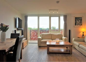 Thumbnail 1 bed flat for sale in 10 Blondin Way, London