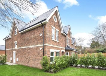 Thumbnail 3 bed flat for sale in Barnett Wood Lane, Ashtead