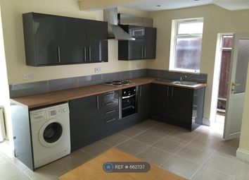 5 bed semi-detached house to rent in Raeburn Road, Leicester LE2
