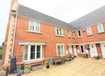 Thumbnail 2 bed flat for sale in Minnow Close, Swindon