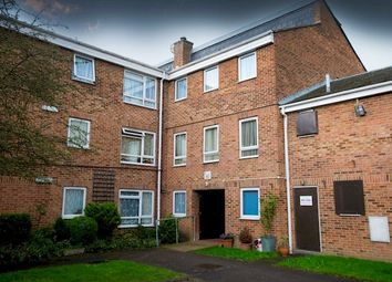 Thumbnail 1 bed flat to rent in Raglan Close, Aldershot
