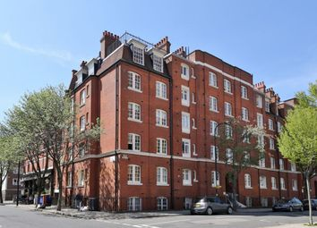 Thumbnail 3 bed flat to rent in Rashleigh House, Thanet Street, London