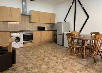 Thumbnail Studio to rent in Sinclair Road, Chingford
