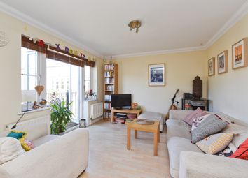 Thumbnail 2 bed flat to rent in High Street, Southgate