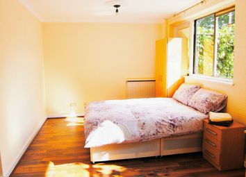 Thumbnail 3 bedroom duplex to rent in Parnell Road, London
